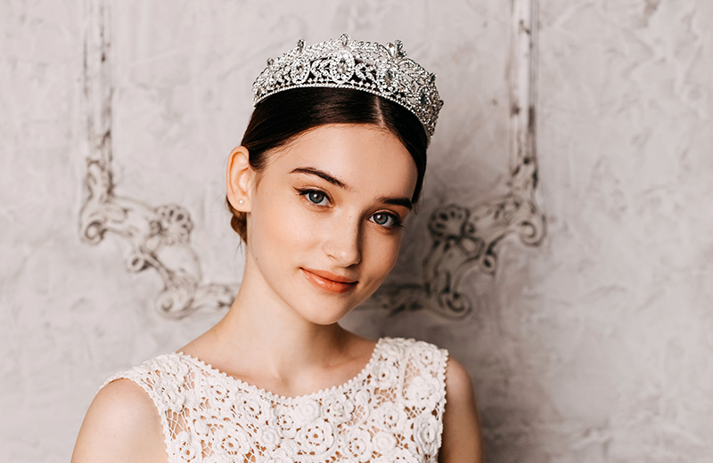 Tiaras & Crowns Product