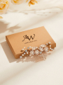 AW Flowered Gold Alloy Hair Comb